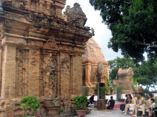 Po Nagar Towers Vietnam tourists