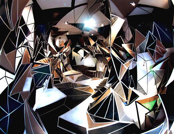 Seize Opening, Marseille - By Clemens Behr